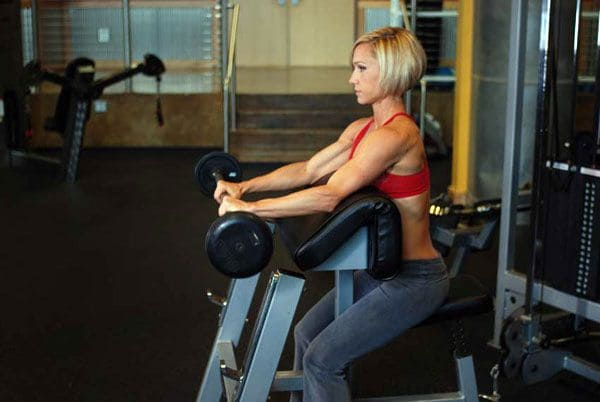 scott-bench-curls-reverse-grip-biceps-curls